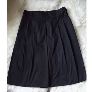 MaxMara Midi Black Pleated Skirt US Size 10